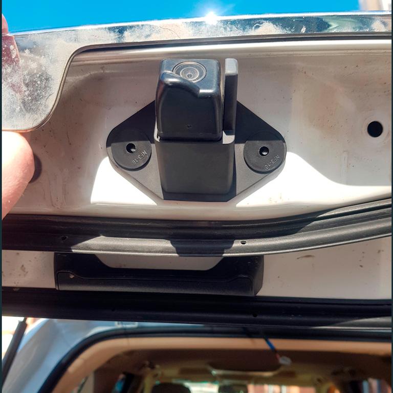 схема подключения омывателя камеры заднего вида Lexus LX
